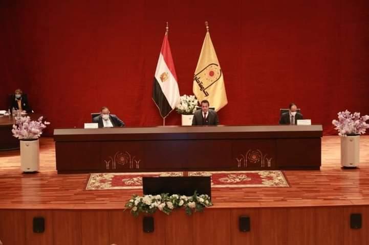 برئاسة الدكتور خالد عبد الغفار وزير التعليم العالي والبحث العلمي