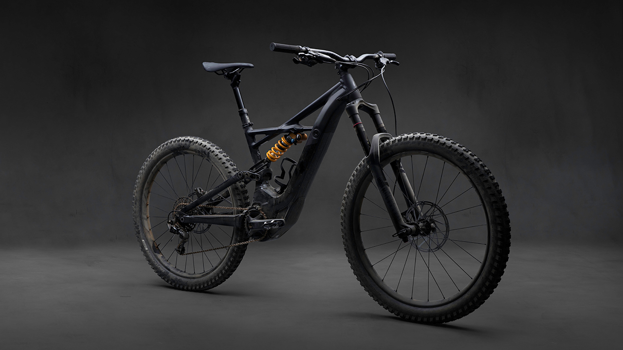 specialized 39 s new turbo kenevo 180mm e mtb bike. Black Bedroom Furniture Sets. Home Design Ideas