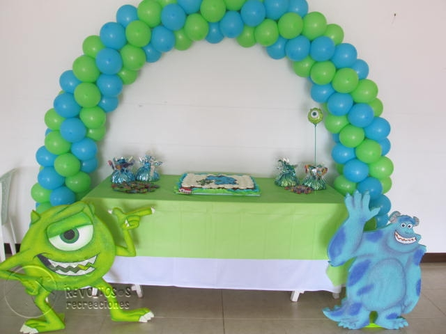 Decoracion con globos monster inc medellin fiestas for Decoracion de globos para hombres