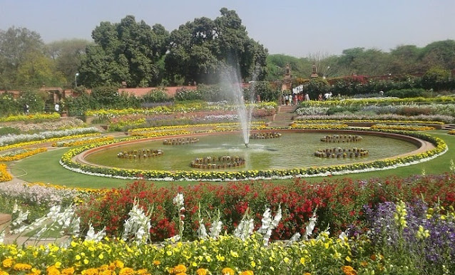 Mughal Gardens, Best Places to Visit in Delhi