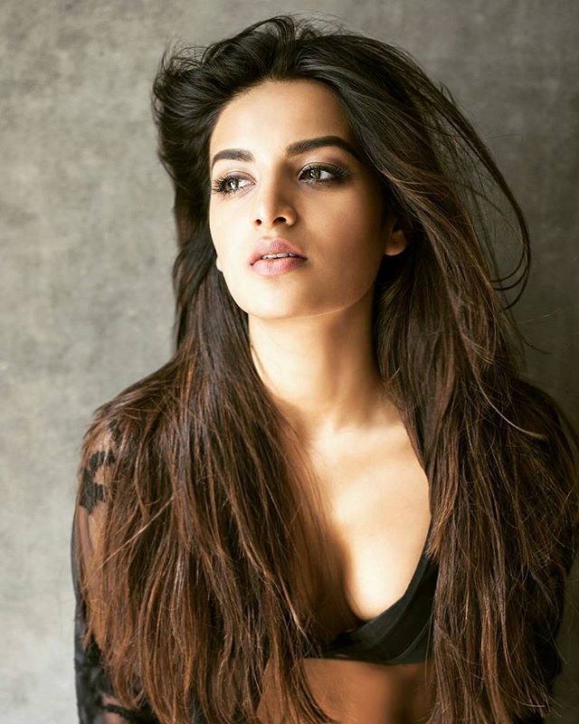 Actress, Articles, beautiful actresses, Beautiful Bollywood, Bollywood, Bollywood actor, Entertainment, Slider,