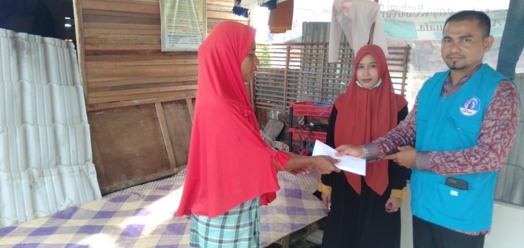 Lembaga Peduli Dhuafa (LPD) Kota Lhokseumawe, Bantu wujudkan Cita-cita Ibu Manfarijah Masuk Dua Anaknya ke Dayah Labuhan Haji