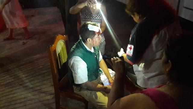 Cobrador de Banco Azteca choca contra automóvil