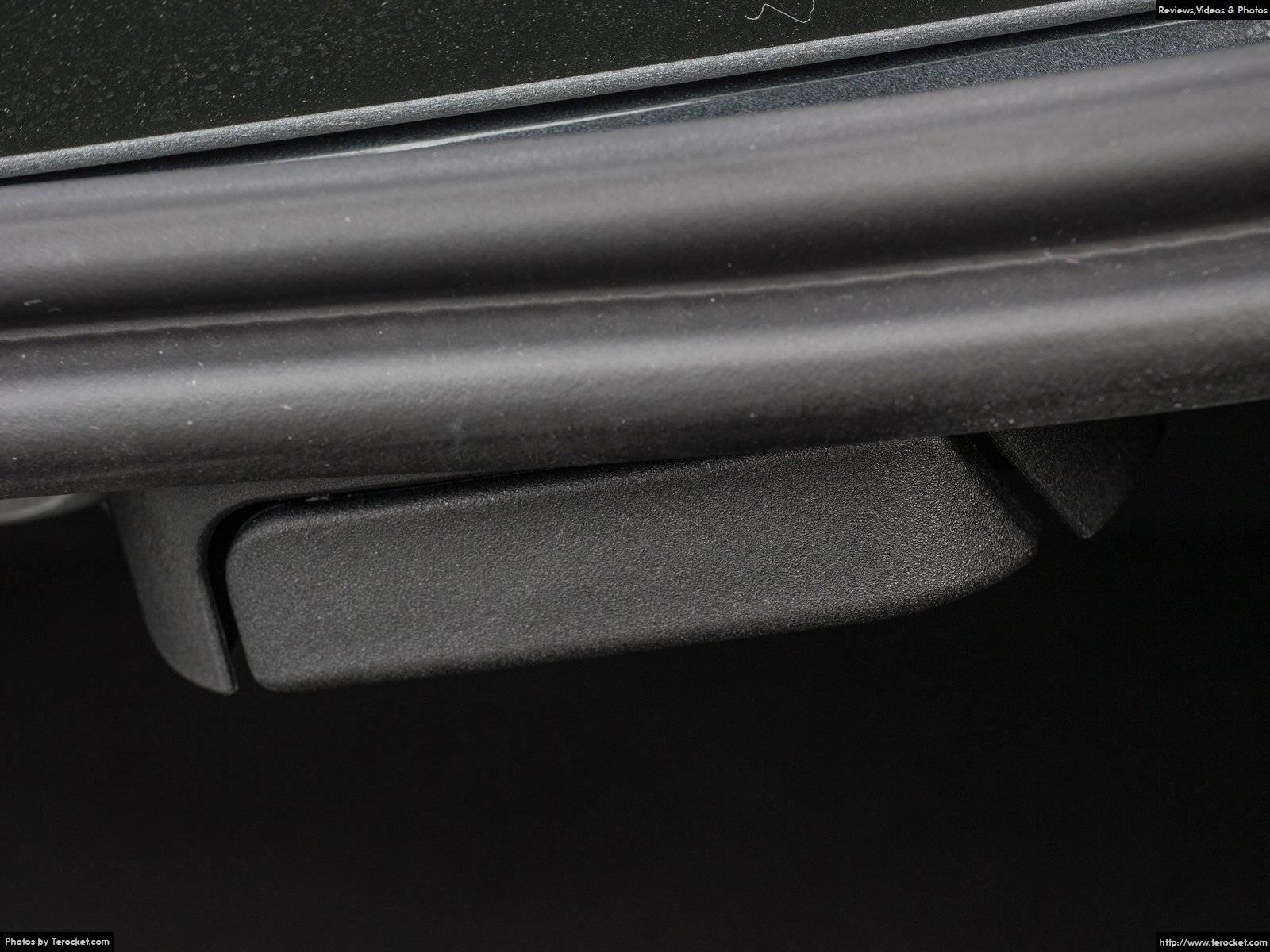 Hình ảnh xe ô tô Mercedes-Benz C350e 2017 & nội ngoại thất