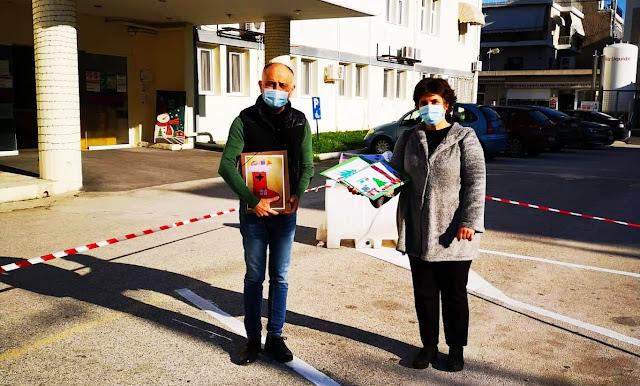 Χριστουγεννιάτικες ζωγραφιές μαθητών Δημοτικών Σχολείων και Νηπιαγωγείων της Αργολίδας στο Νοσοκομείο Ναυπλίου