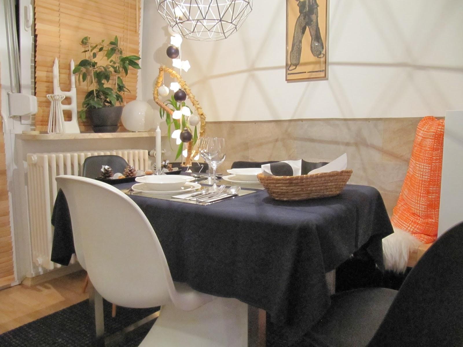 my home me with sadiy mein gedeckter tisch f r das weihnachtsessen. Black Bedroom Furniture Sets. Home Design Ideas