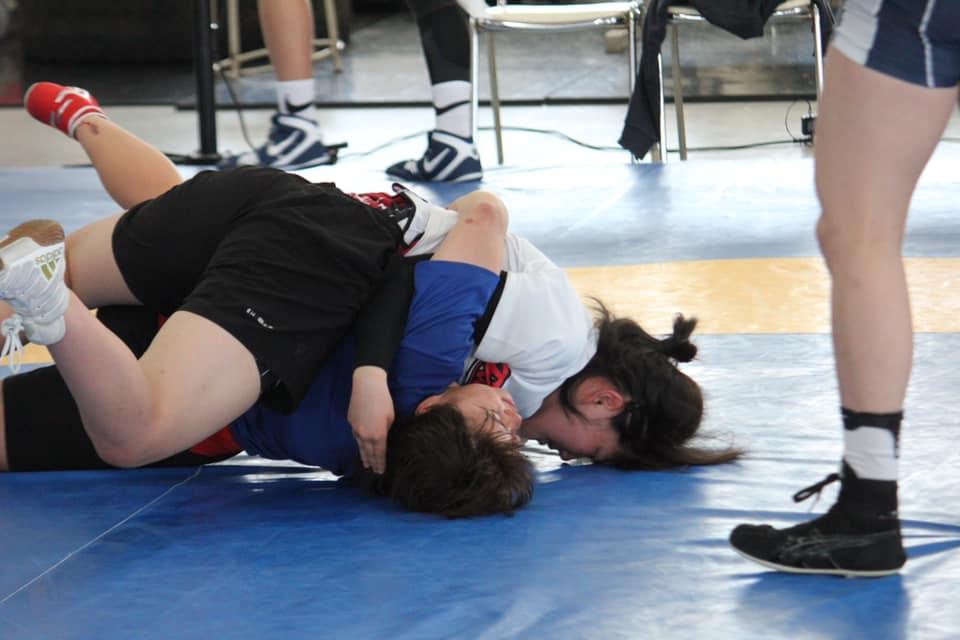 asian-girls-wrestling-men-tinkerbell