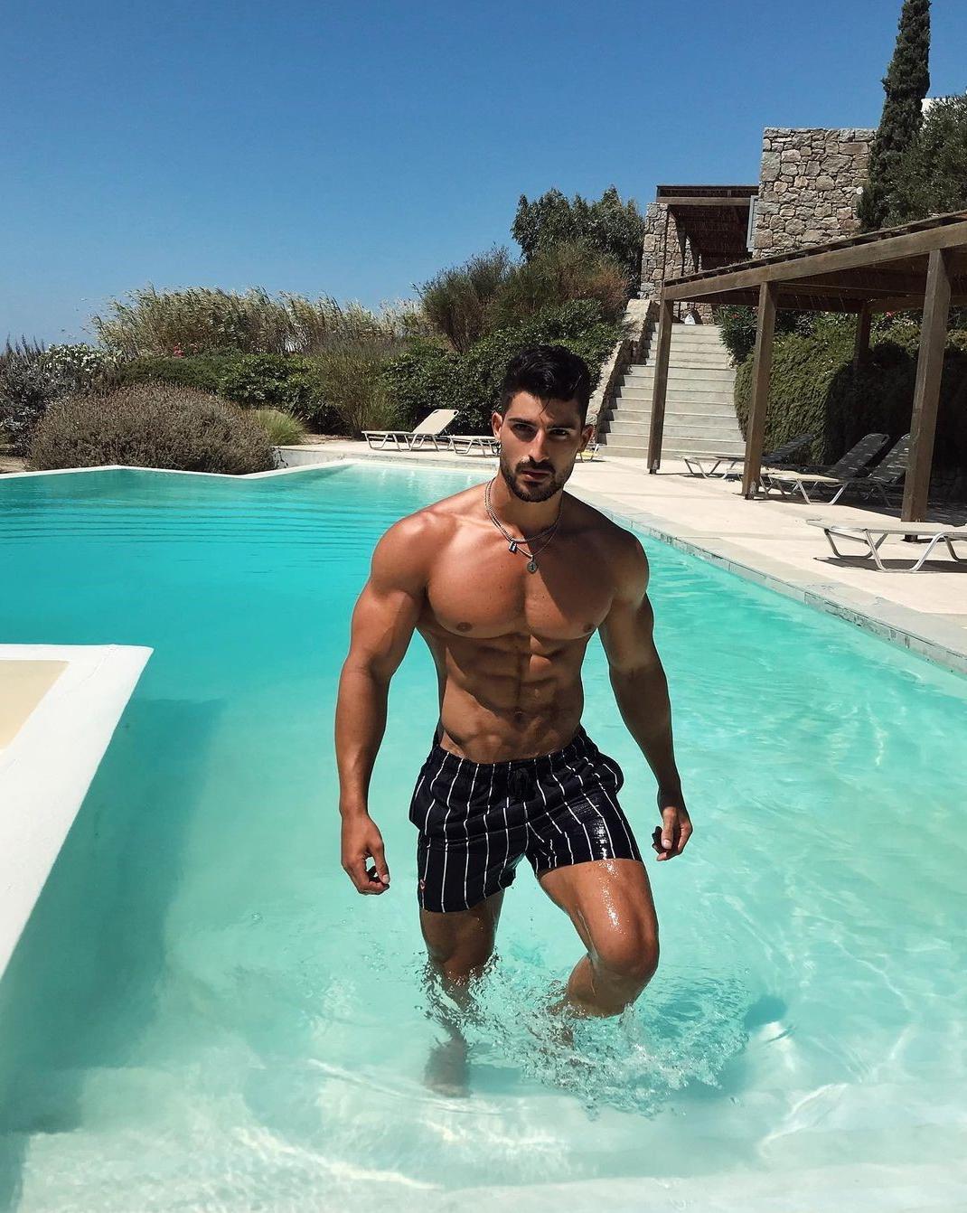 handsome-pool-men-nicholas-gala-shirtless-ripped-muscle-body