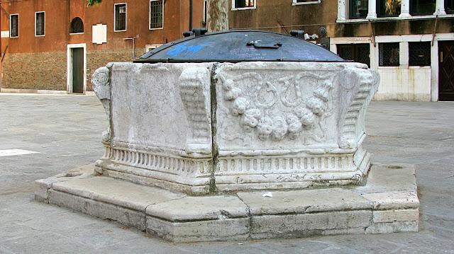 Vera da Pozzzo auf dem Campo  Sant'Agnese