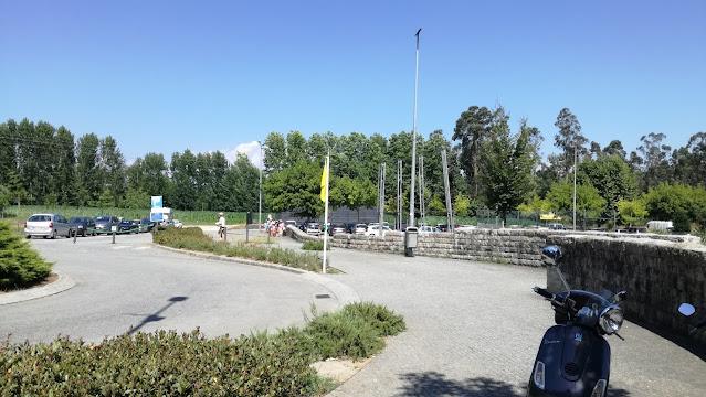 Entrada do parque de estacionamento