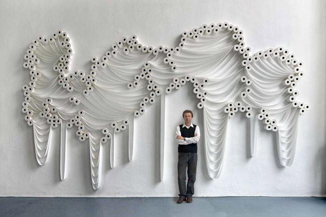 Marzua decorando paredes con papel higi nico - Decoracion paredes con papel ...