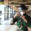 Teknologi Smart Helmet Deteksi Suhu Tubuh Bakal Dioperasikan Jajaran TNI AD