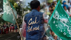 Salam Perpisahan Jokowi dengan NU-Muhammadiyah