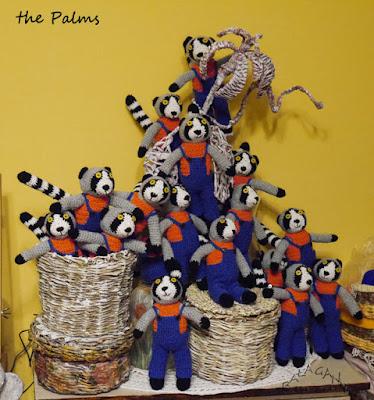 Lemury dla szkoły the Palms, pojemnik do szycia,królisia, breloki i prezenty od Mirelli