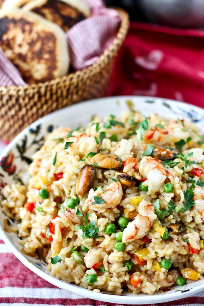 Greek Seafood Rice {Rizi me Thalassina}