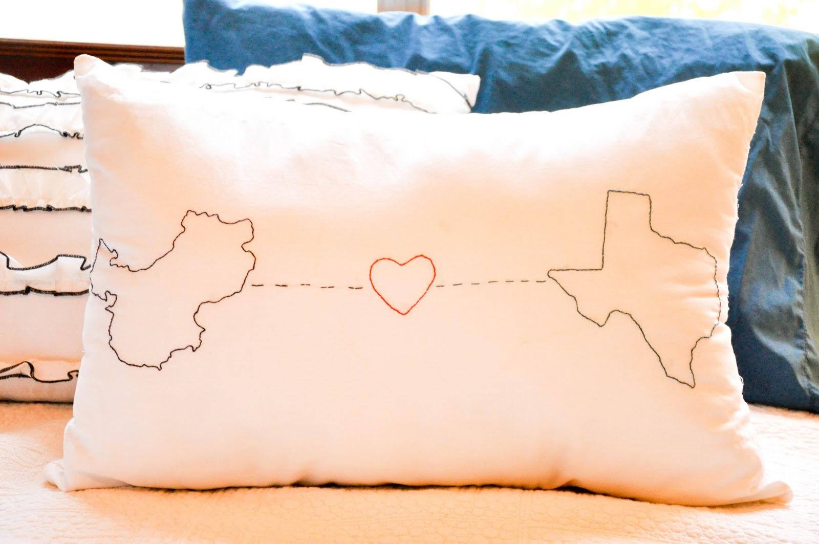 Pillows That Light Up Long Distance | Decoration News