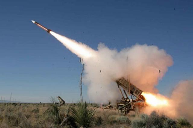عاجل | اطلاق صاروخ على السعودية