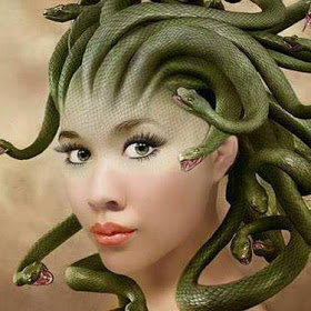 THE HEAD OF MEDUSA AND WOMEN HAIR ATTACHMENT
