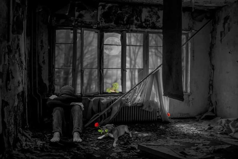 """Mostrar que o amor é capaz de vencer mesmo em tempos áridos que secam as lágrimas da sensibilidade. É com essa temática que os poetas consagrados Álvaro Alves de Faria e Denise Emmer lançam seu mais novo livro de poesias """"O secreto silêncio do amor"""" (Editora Penalux, 2021)."""