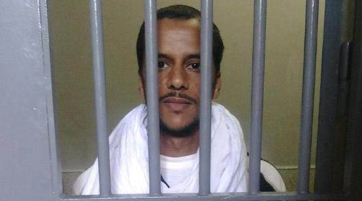 Niegan comida, agua y atención médica a un preso civil saharaui condenado injustamente por los hechos de Gdeim Izik.