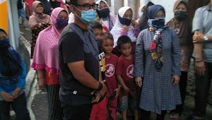 Anggota DPR RI Partai PDIP, Nico Siahaan Kunjungi Warga Coblong