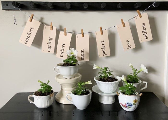 Mother's Day tea cup flowers with Mother's Day flash cards.