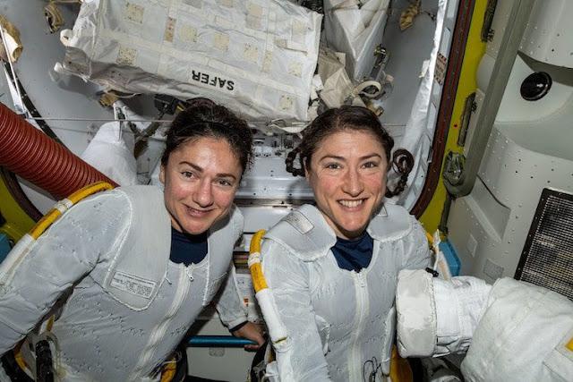 المرة الأولى التي يتم فيها تفيذ رحلة فضائية من قبل نساء رائدات فقط.