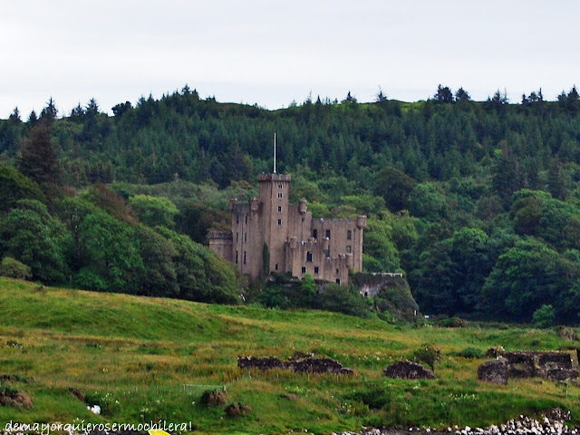 Dunvegan Castle en isla de Skye, Escocia