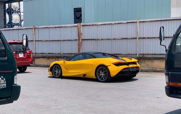 McLaren 720S Spider màu vàng chính thức thông quan với hàng loạt tùy chọn đắt tiền - Ảnh 1.