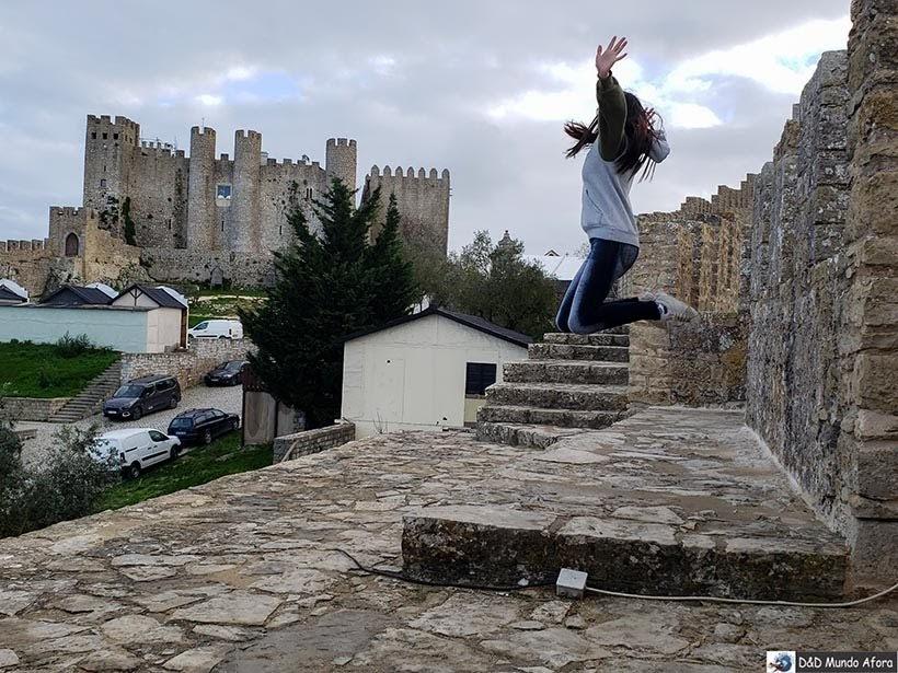 Dando um pulinho ali nas Muralhas de Óbidos, Portugal