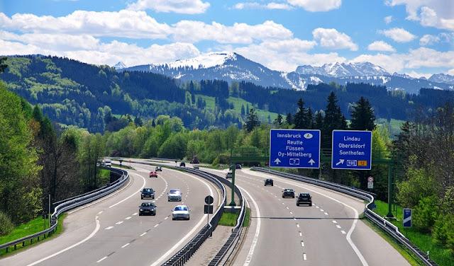 Estrada de carro na Alemanha