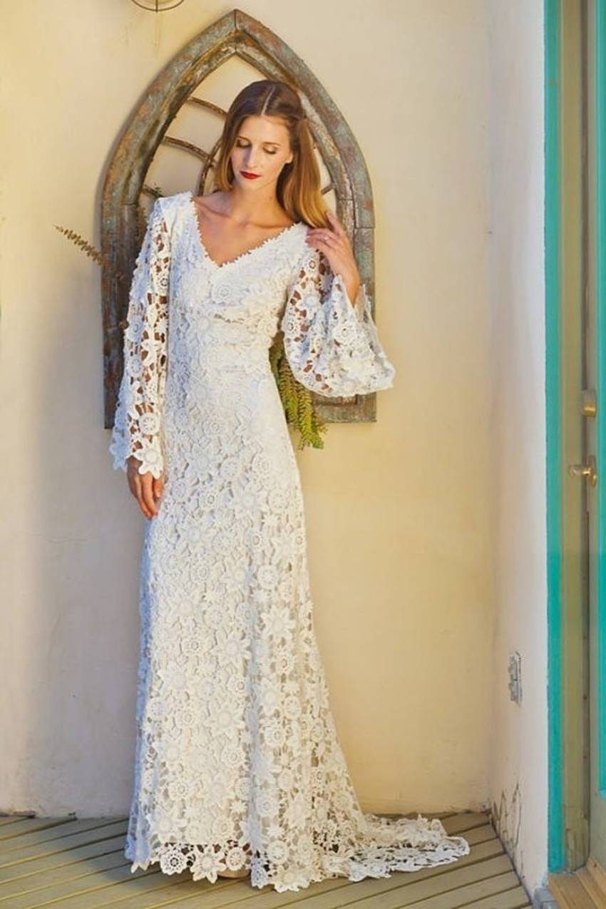 Plus size empire waist wedding dresses with sleeves