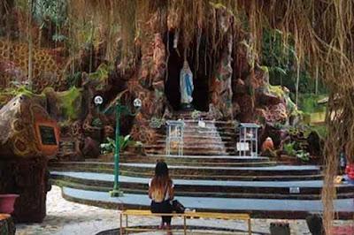 gua maria sendang srinigsih