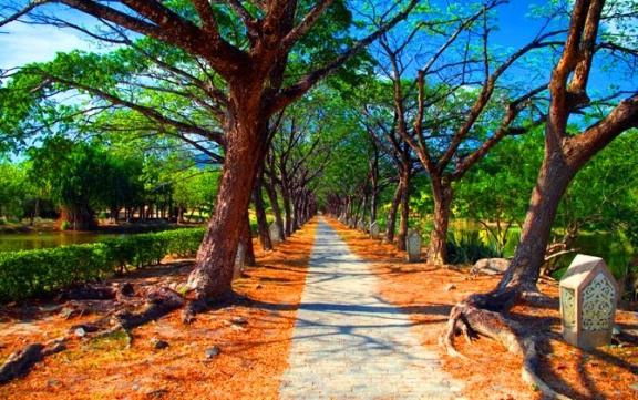Taman Lagenda Tempat menarik di Langkawi untuk dilawati