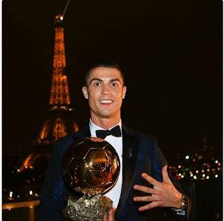 Cristiano Ronaldo Pemain Bola Sepak Terbaik Dunia Buat Kali Kelima