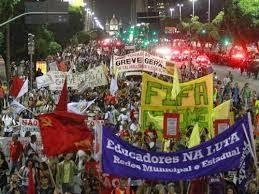 protestos contra a copa 2014 em muitas cidades do Brasil