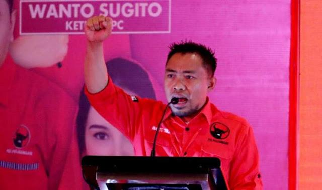Elite PD Cuit 'Paha Mulus', PDIP Sindir Zaman SBY-lah HTI Itu Besar