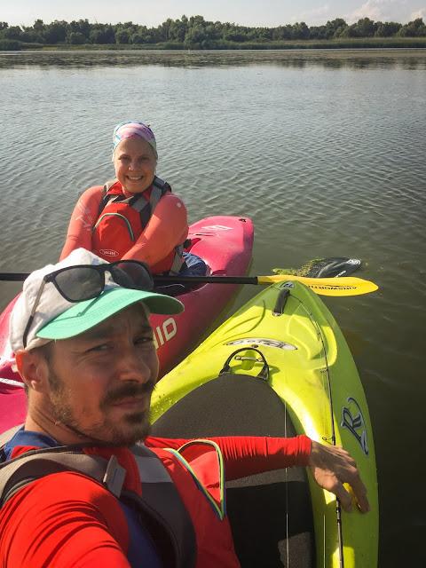Noi 2 si... Lacul cu Cotete