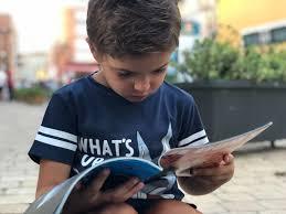 Membaca Jendela Dunia
