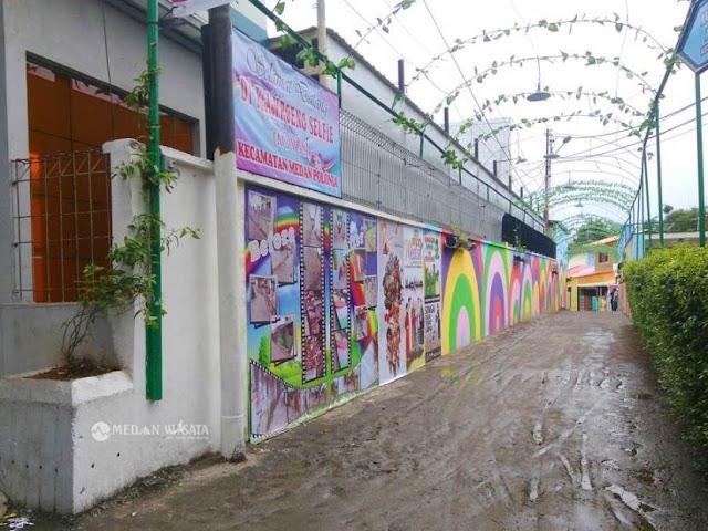 Warna-Warni Kampoeng Selfie (KongSi) Medan Polonia