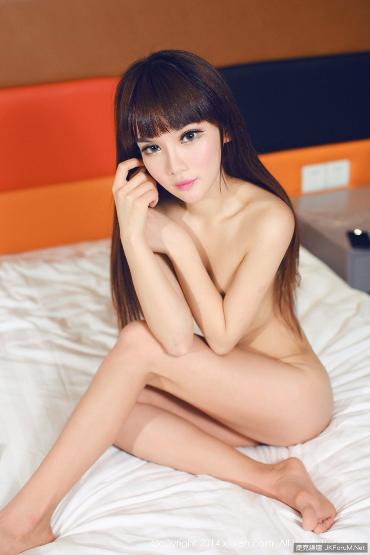 hot young girl naked hot position