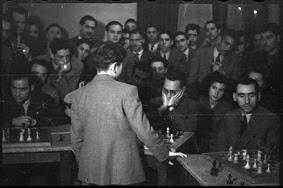 Simultáneas de Arturito Pomar en Lérida el 17 de abril de 1946 (17)