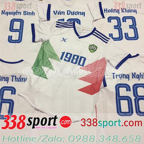 In áo bóng đá ở Tuyên Quang