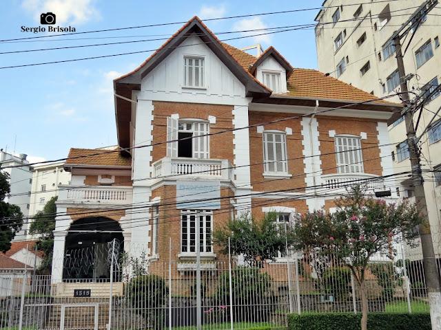 Vista ampla do belíssimo Casarão Neoclássico da Rua Treze de Maio - Bela Vista - São Paulo