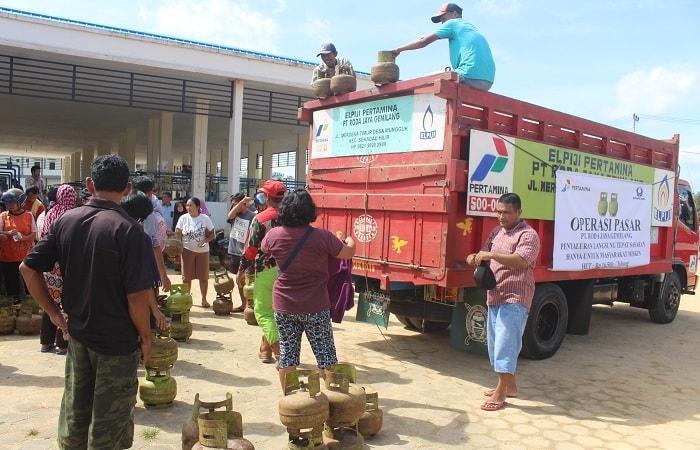 Pemkab, Partamina, Bersama PT.  Roda Jaya Gemilang Adakan Operasi Pasar Elpiji 3 Kg