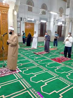 روَّاد المساجد يظهرون وعيًا غير مسبوق لليوم الرابع على التوالي