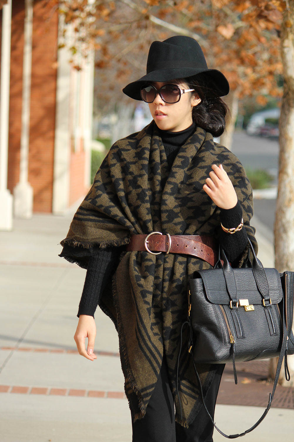 Adrienne Nguyen_How to Layer a Scarf over a Turtleneck_Fashion Tips