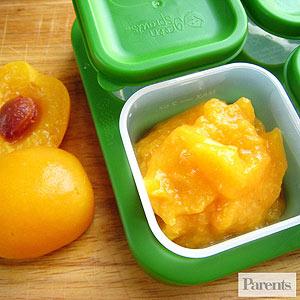 Các món ăn dặm từ trái cây cho bé 6 tháng trở lên