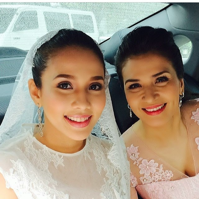 Karylle With Beautiful Mom Zsa Padilla