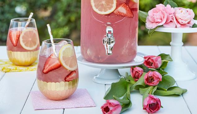 Moscato Lemonade #drink #lemonade #sangria #cocktail #yummy